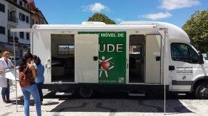Mobile dental clinic in Viseu's Market