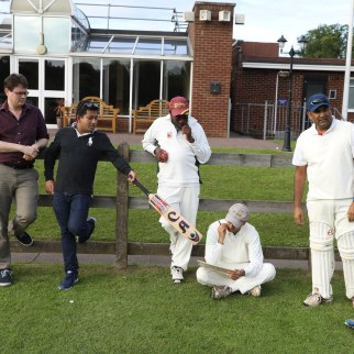 Staff-student-cricket_09